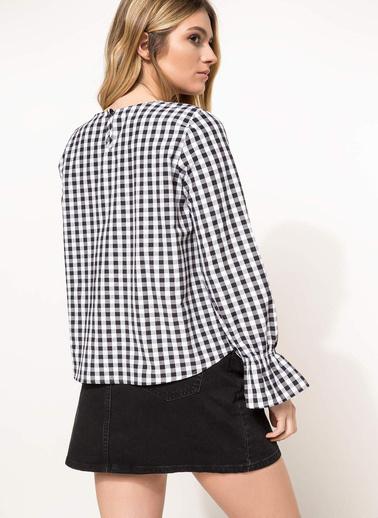 DeFacto Kolları Volan Detaylı Bluz Siyah